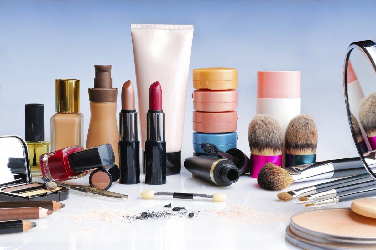 Maquilhagem e produtos de cuidado da pele